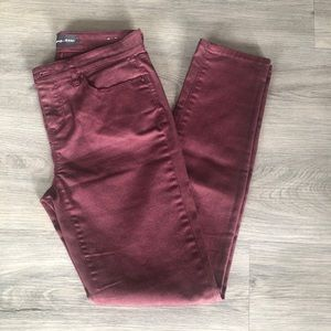 Reitmans Jeans Mid Rise Skinny Jeans in Red wine